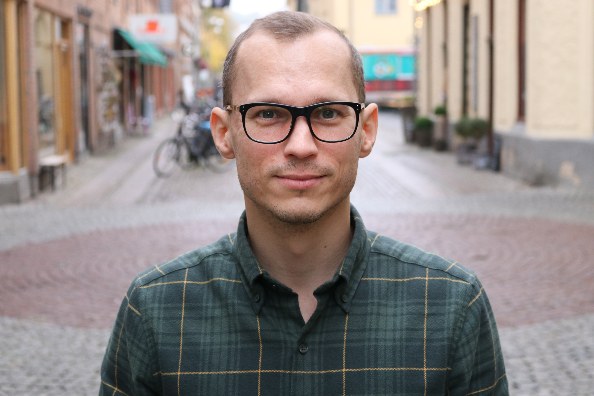 Kim Lundqvist står på Magasinsgatan i Göteborg
